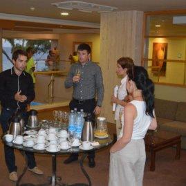 Общение с клиентами после семинара на Кипре