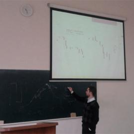 Александр Цыглин проводит лекцию в ВУЗе по трейдингу